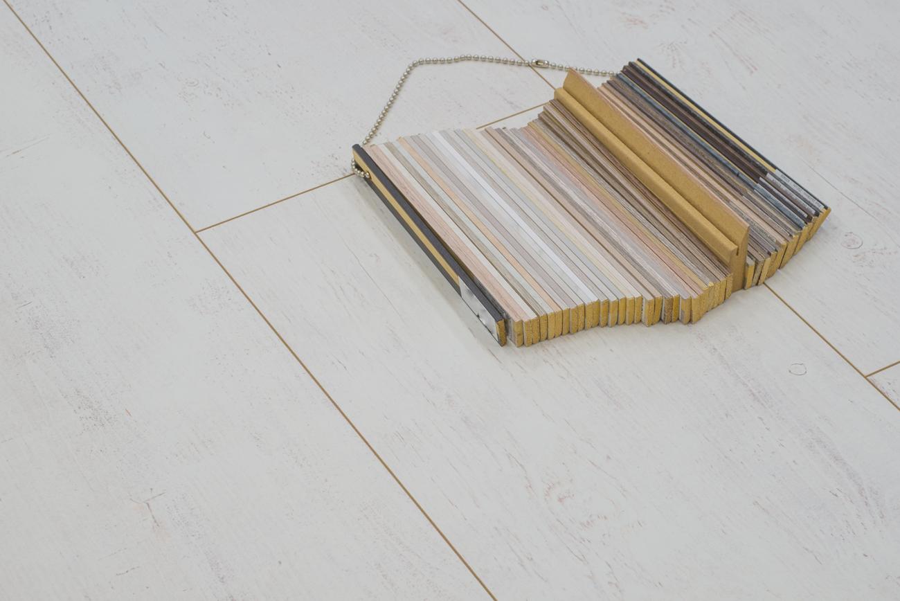 Landhuis laminaat white wash eiken vloer 128 7 x 32 8 x 0 8 cm