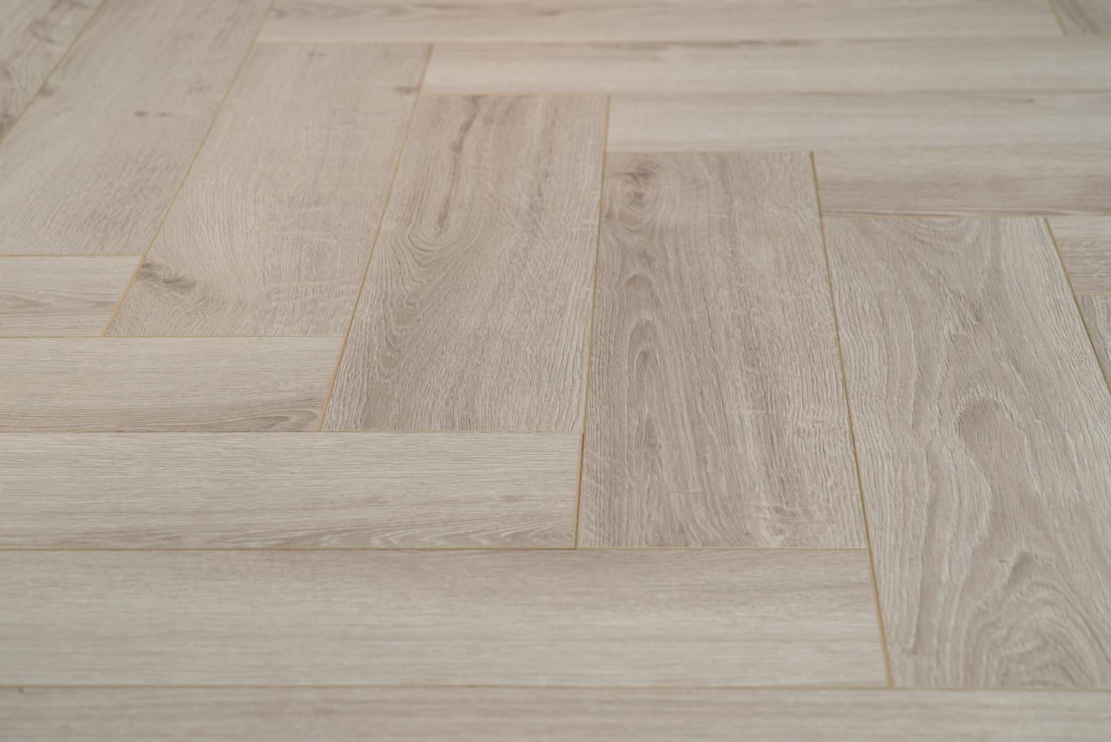 Visgraat Laminaat Leggen : Floer visgraat laminaat vloeren vergrijsd eiken patroon vloer