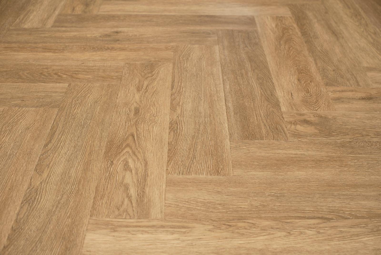 Pvc Visgraat Vloer : Floer visgraat pvc vloer warmbruin eiken visgraat vloeren met v groef