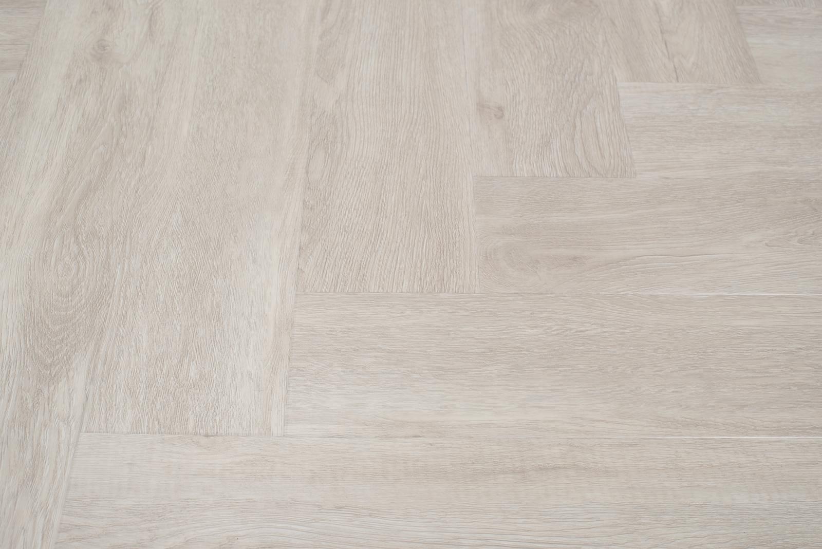 Pvc Visgraat Vloer : Floer visgraat pvc vloer krijtwit eiken visgraat vloeren met v groef
