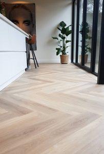 Floer-Walvisgraat-PVC-Orka-Onbehandeld-Bies-en-band-visgraat-vloer